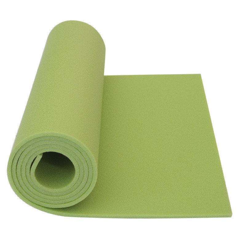 Zelená karimatka Yate - tloušťka 0,6 cm