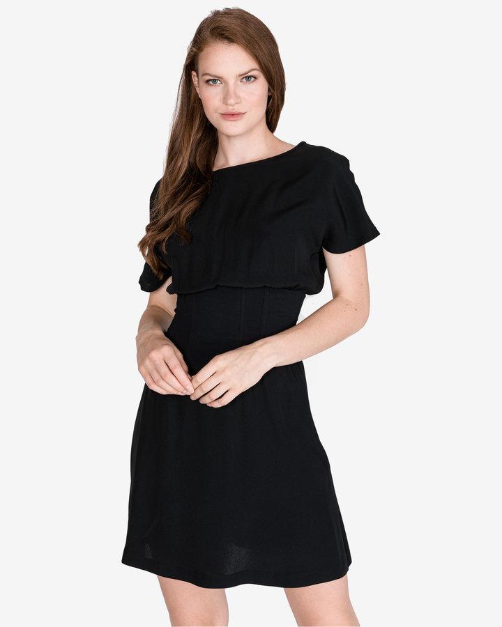 Černé dámské šaty Pinko