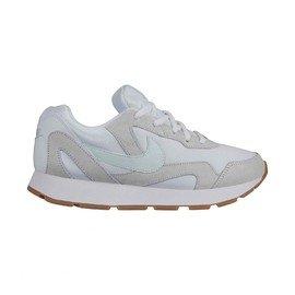 Bílé dámské tenisky Nike - velikost 40 EU