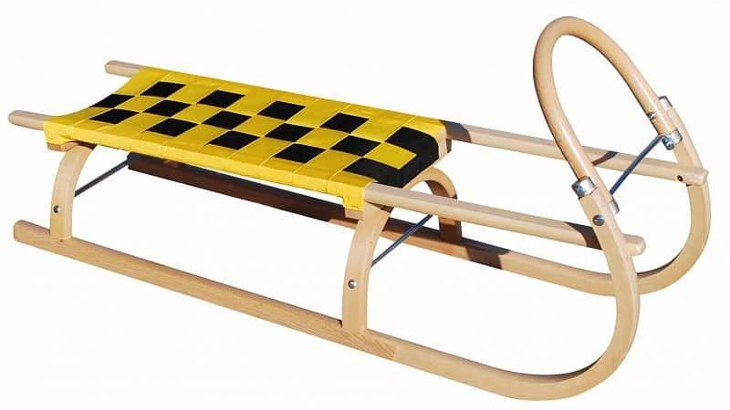 Černo-žluté dřevěné dětské sáňky Sulov