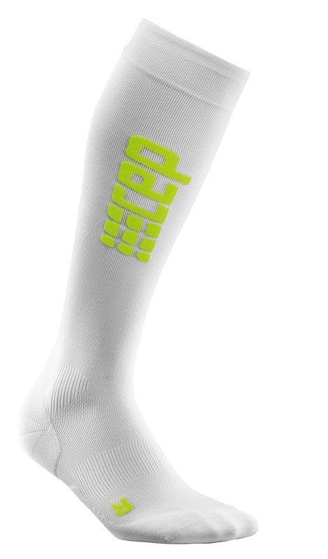 Bílé vysoké běžecké ponožky CEP - univerzální velikost