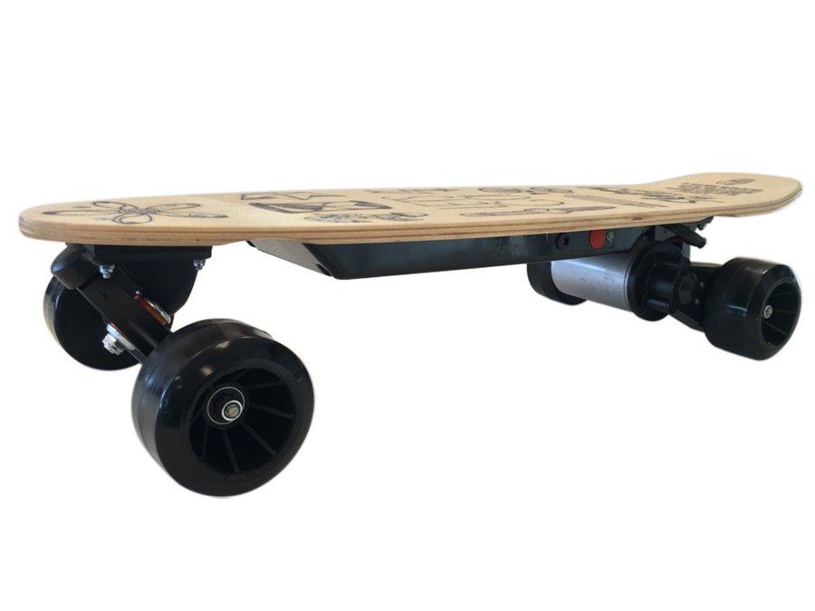 Béžový elektro longboard 350L, Skatey