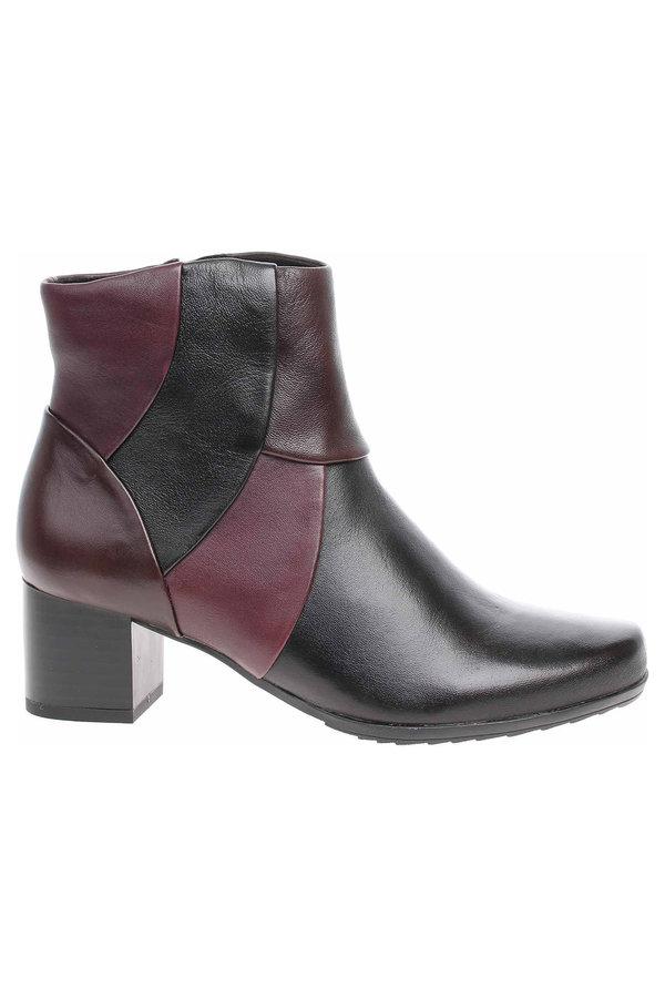 Černé dámské zimní boty Caprice