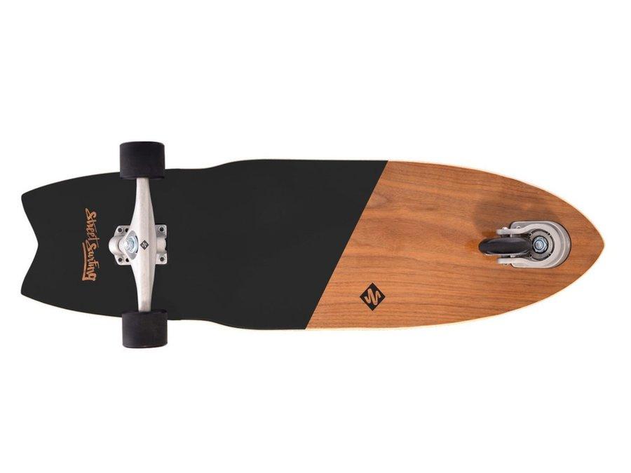 Různobarevný longboard Street Surfing