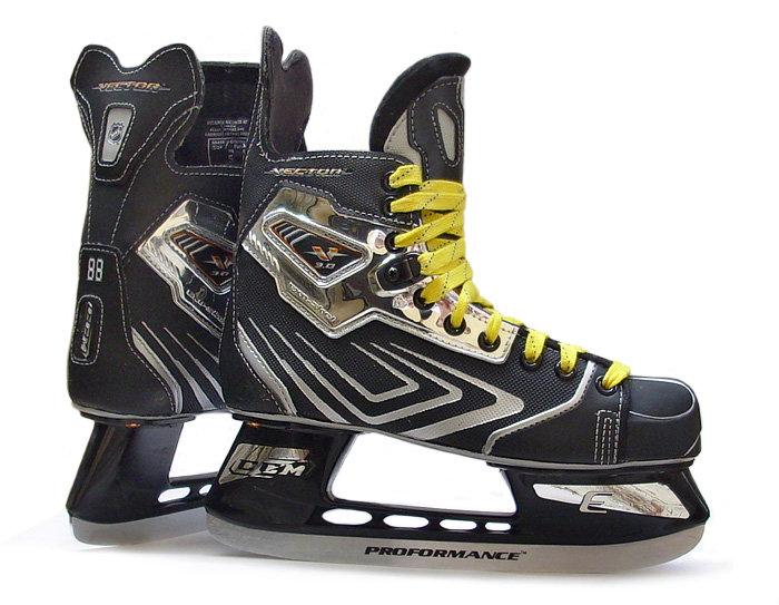 Pánské hokejové brusle Vector 3.0, CCM - velikost 40 EU a šířka D