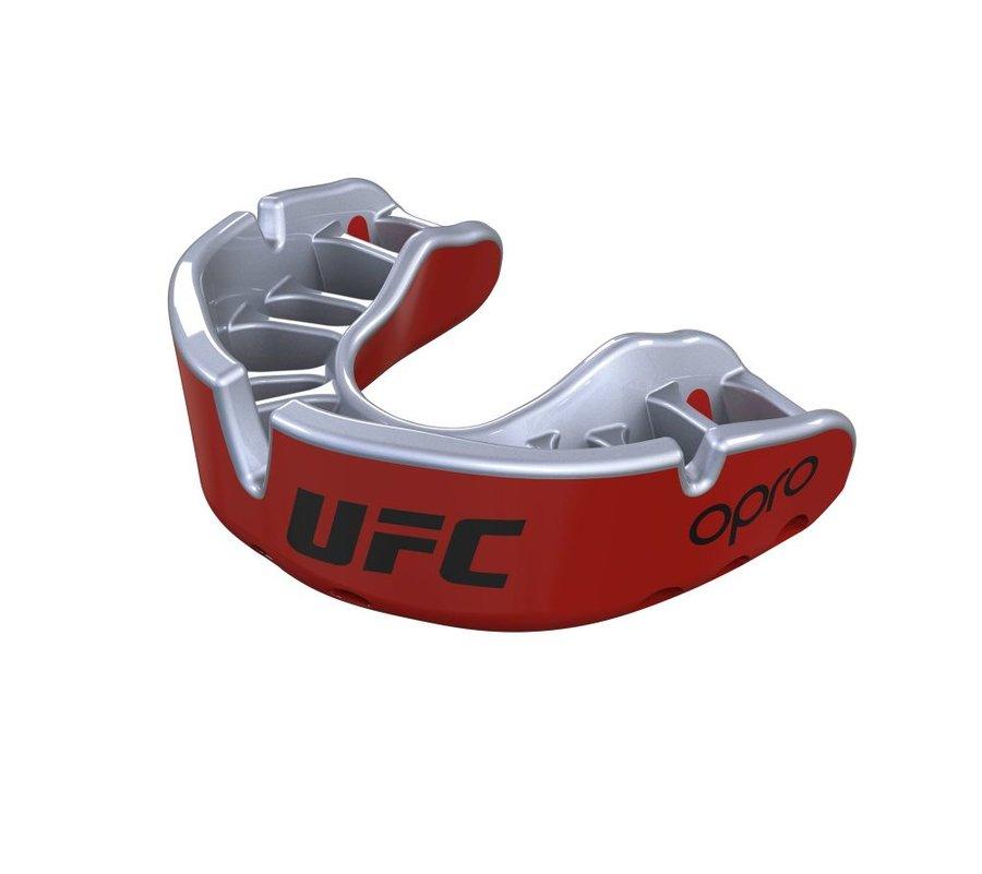 Červený chránič na zuby na bojové sporty UFC