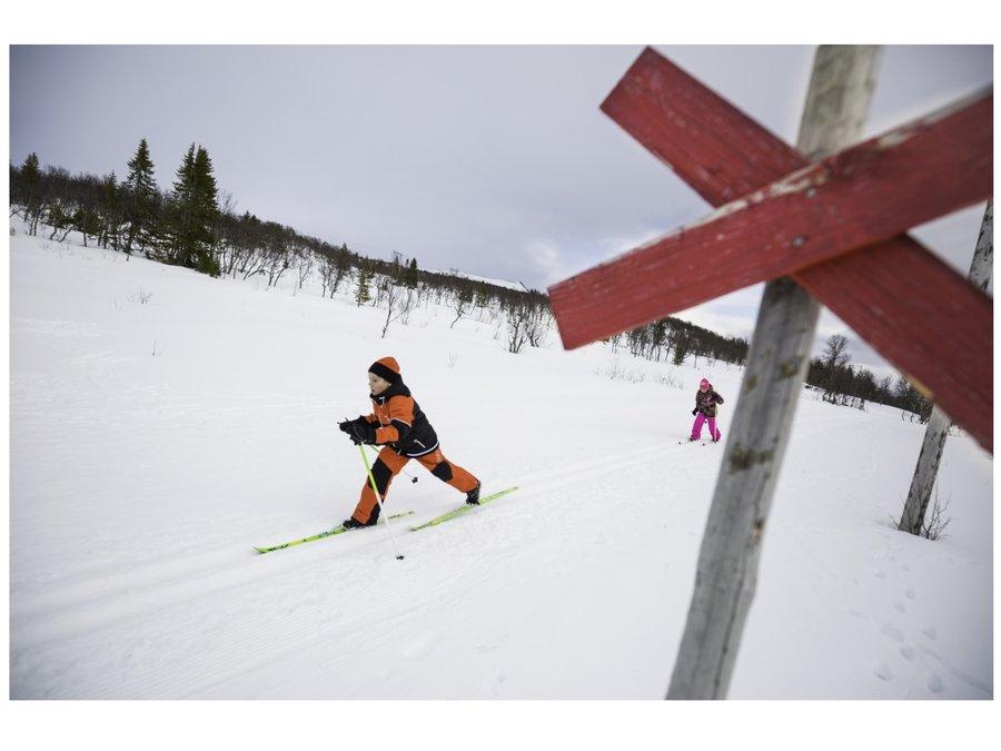 Běžky - Dětské běžky STIGA Snow Fling 110 cm - černé
