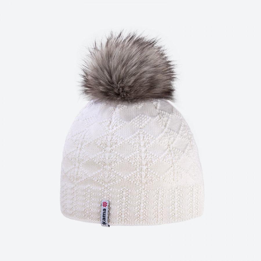 Bílá zimní čepice Kama