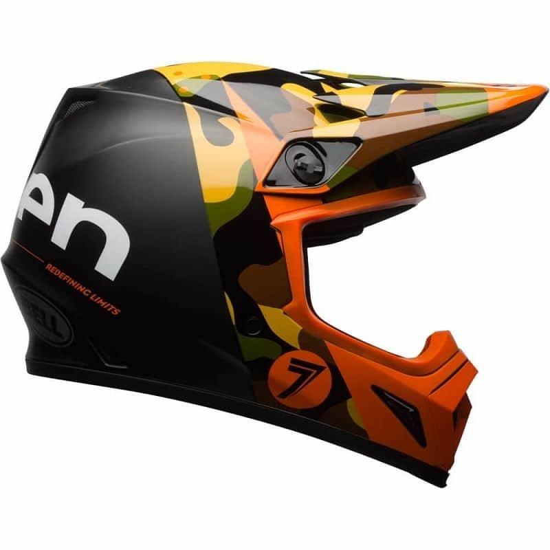 Helma na motorku Bell - velikost 63-64 cm