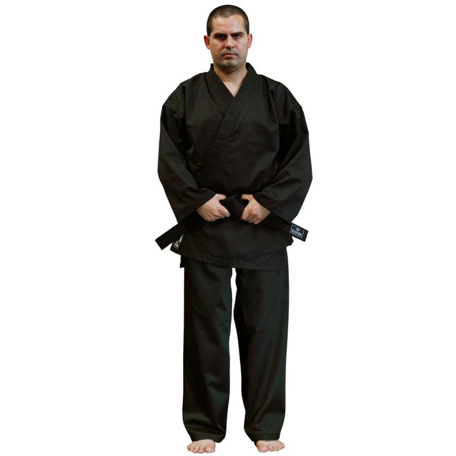 Černé kimono na karate Dae do