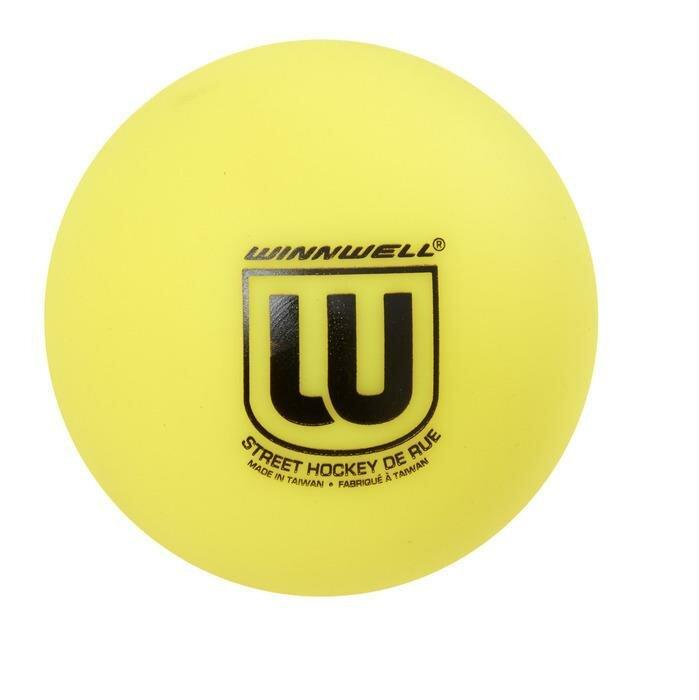 Oranžový střední hokejbalový míček Winnwell - průměr 65 mm