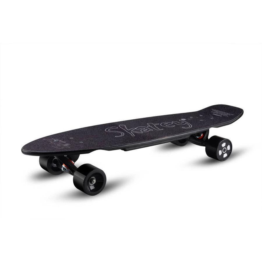 Černý elektro longboard 350L, Skatey