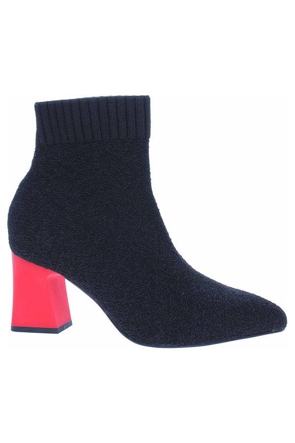 Černé dámské zimní boty Tamaris - velikost 41 EU