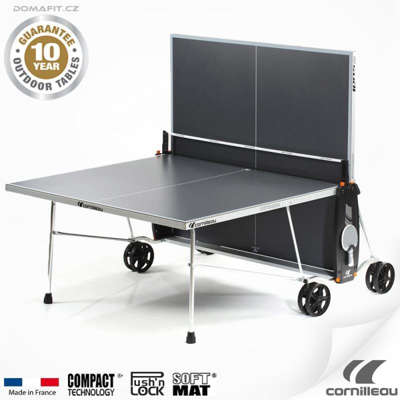 Černý venkovní stůl na stolní tenis 100 S Crossover, Cornilleau