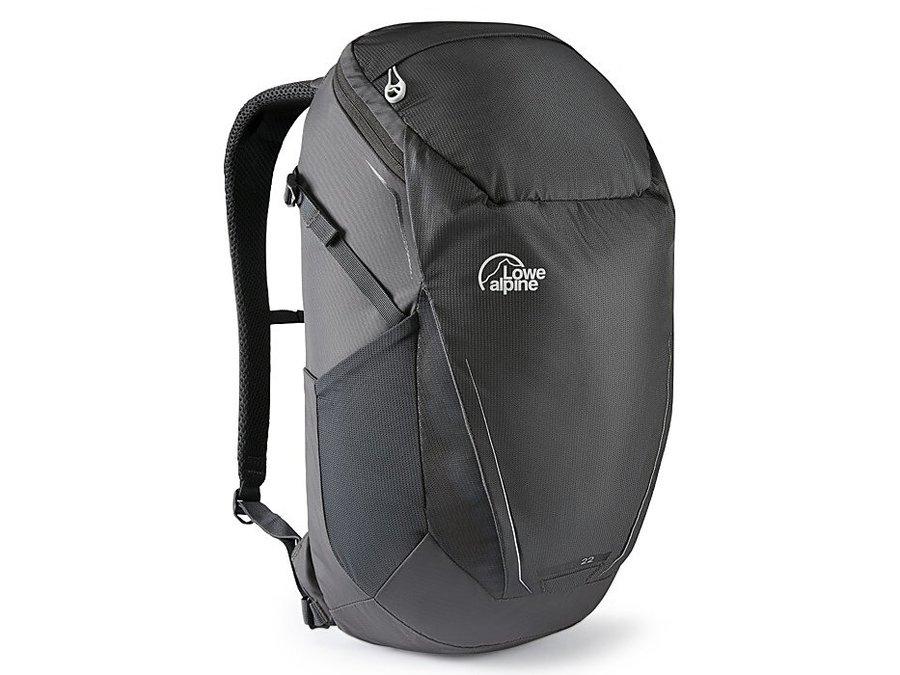 Černý turistický batoh Lowe Alpine - objem 22 l