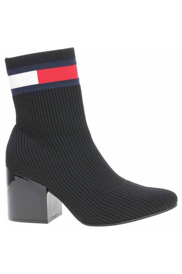 Černé dámské zimní boty Tommy Hilfiger - velikost 40 EU