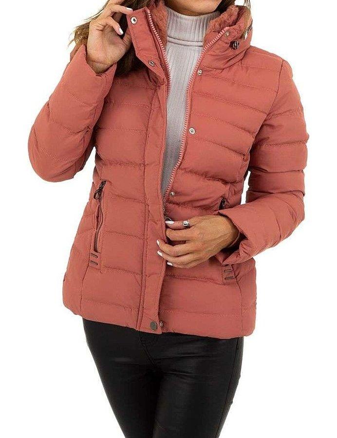 Růžová zimní dámská bunda s kapucí - velikost S