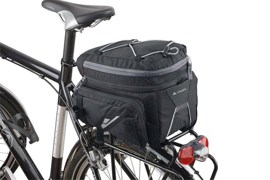 Černá brašna na kolo na zadní nosič Silkroad Plus, VAUDE - objem 16 l