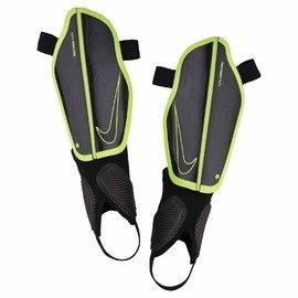 Černé fotbalové chrániče holení NK PRTGA FLEX GRD, Nike - velikost M