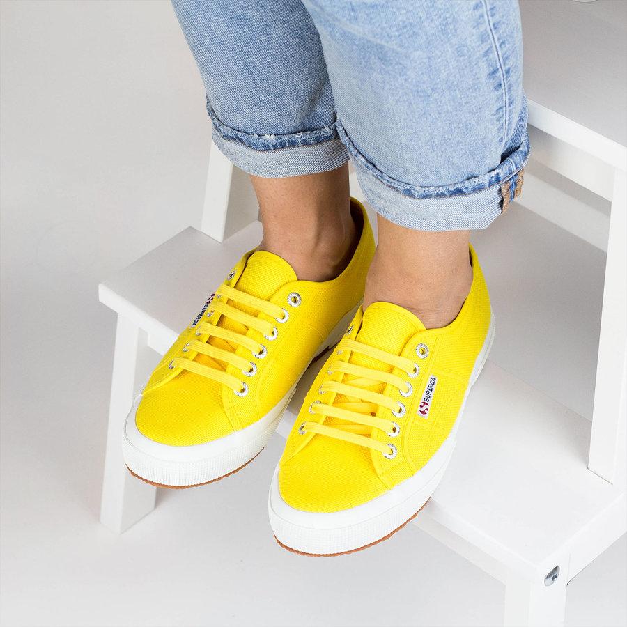 Žluté dámské tenisky Superga - velikost 41 EU
