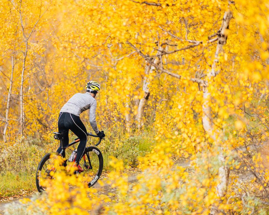 Dlouhé pánské cyklistické kalhoty se šlemi s vložkou Craft - velikost M
