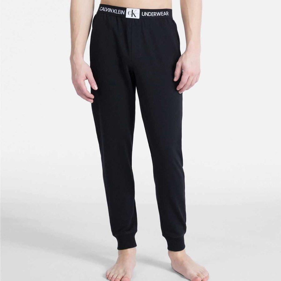 Černé pánské tepláky Calvin Klein - velikost S