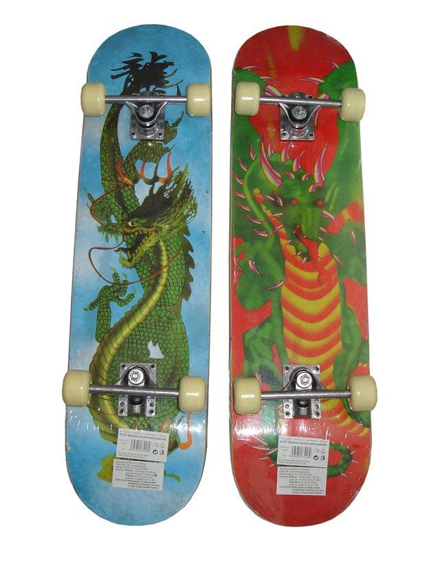 Různobarevný skateboard Acra - délka 79 cm a šířka 20 cm