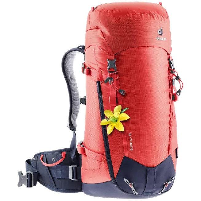 Červený skialpový batoh Deuter - objem 32 l
