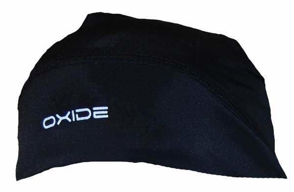 Černá unisex běžecká čepice OXIDE, 2117 of Sweden - univerzální velikost