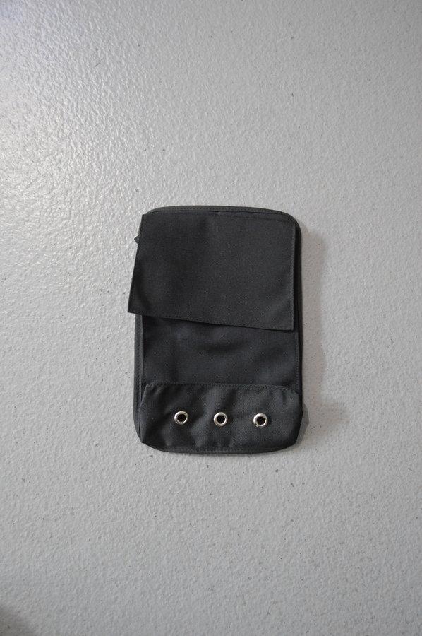 Suchý oblek - Přilepovací kapsa na suchý oblek DTD