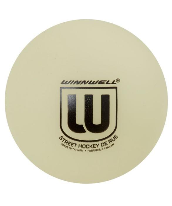 Střední hokejbalový míček Winnwell - průměr 65 mm