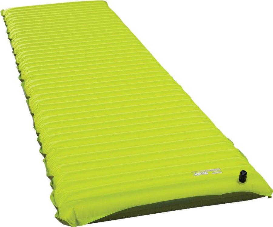 Zelená nafukovací karimatka Therm A Rest - tloušťka 6,3 cm