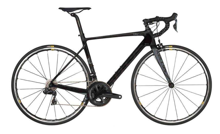 Černý silniční bicykl Kellys