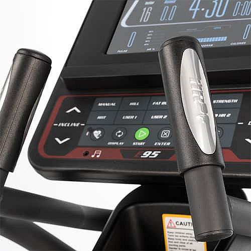 Elektromagnetický eliptický trenažér E95, Sole Fitness - nosnost 180 kg
