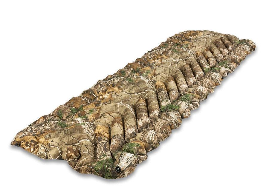Maskáčová karimatka Klymit - tloušťka 6,5 cm
