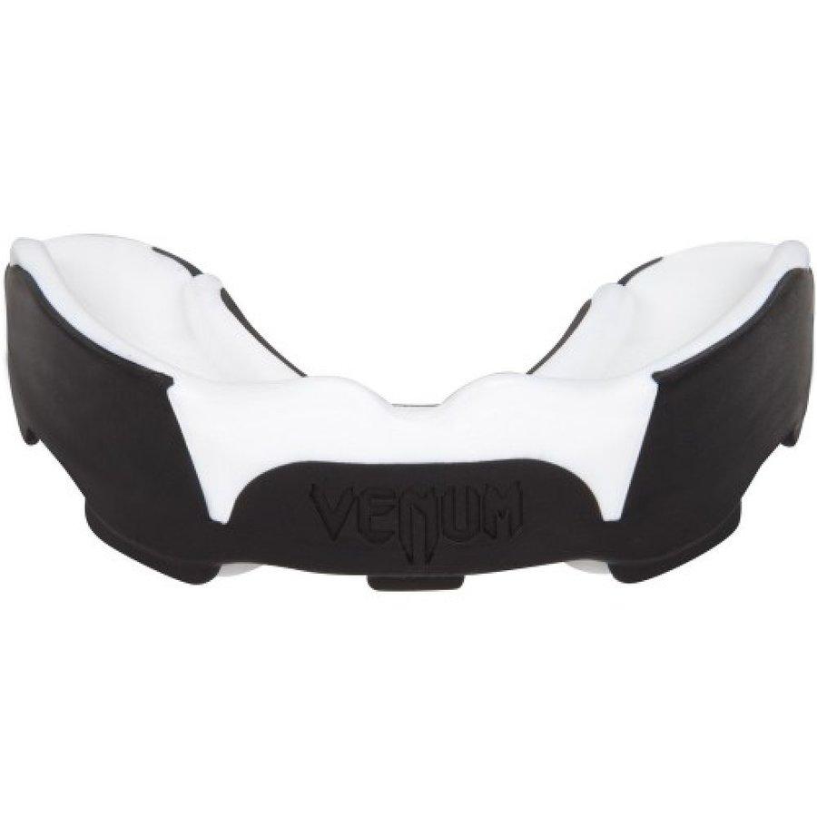 Bílý chránič na zuby na bojové sporty Venum