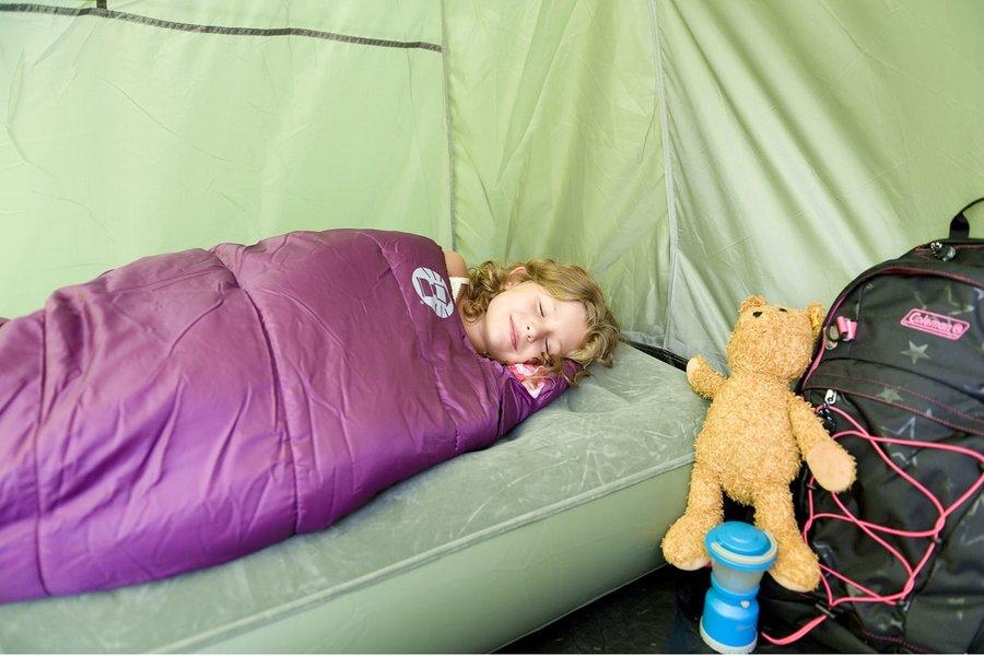 Fialový dětský spací pytel Salida Mummy, Coleman - délka 170 cm
