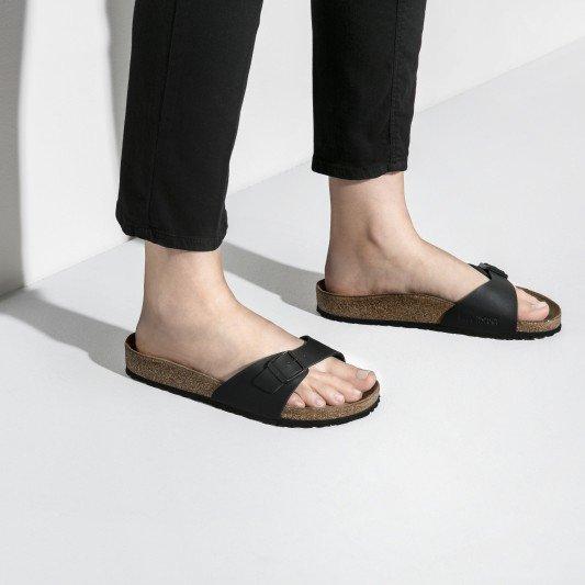 Černé dámské pantofle Birkenstock - velikost 45 EU