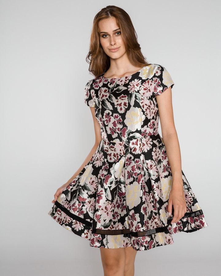 Různobarevné dámské šaty French Connection