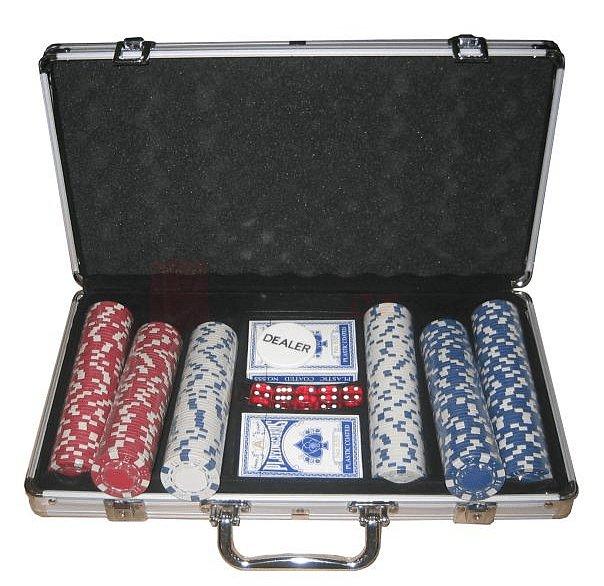 Pokerová sada Spartan kufr, 300 žetonů, 2 balíčky karet, 5 kostek, dealer button