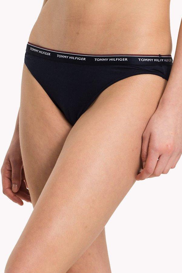 Kalhotky - Tommy Hilfiger 3 pack tmavě modrých kalhotek Bikini - XS
