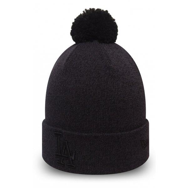 Černá dámská zimní čepice New Era