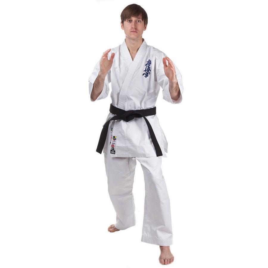 Bílé kimono na karate Dae do