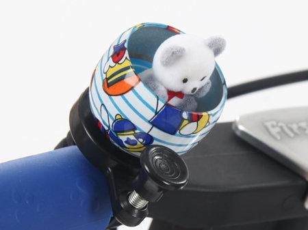 Bílo-modrý dětský zvonek na kolo Medvěd First BIKE