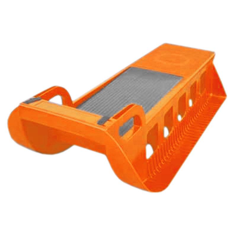 Oranžové plastové dětské sáňky Acra