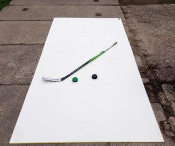 Bílá hokejová střelecká deska Winnwell - délka 300 cm a šířka 150 cm