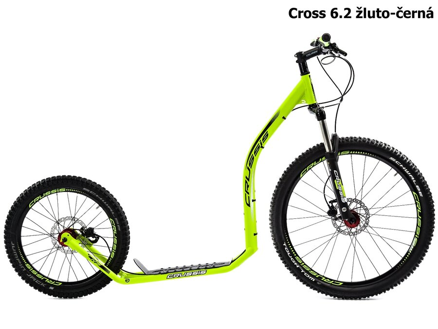 Černo-žlutá koloběžka pro dospělé Cross, Crussis - nosnost 150 kg