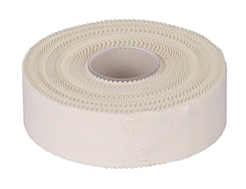Bílá tejpovací páska Merco - délka 13,8 m a šířka 2,5 cm