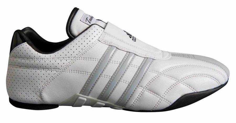 Bílá sálová obuv Adidas