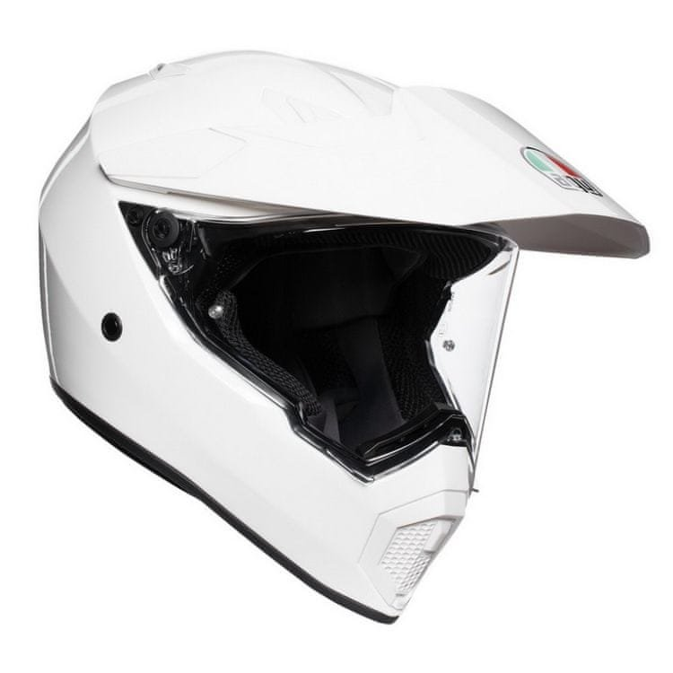 Helma na motorku AGV